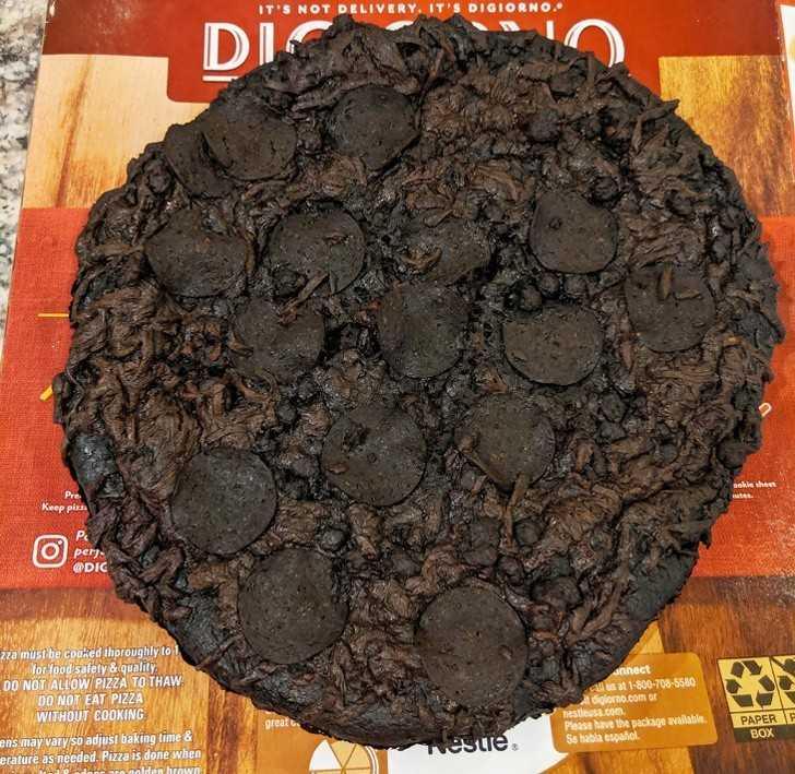 17. Pizza pozostawiona w piecu przez 8 godzin.