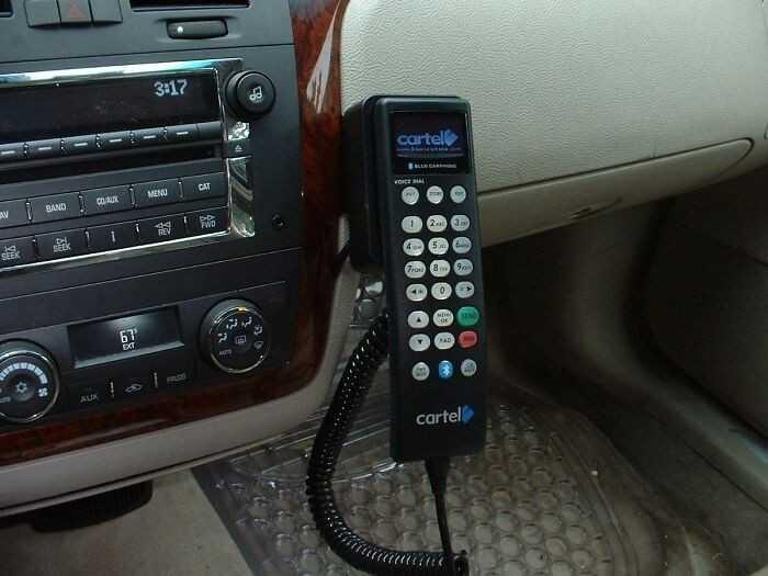 Telefony samochodowe